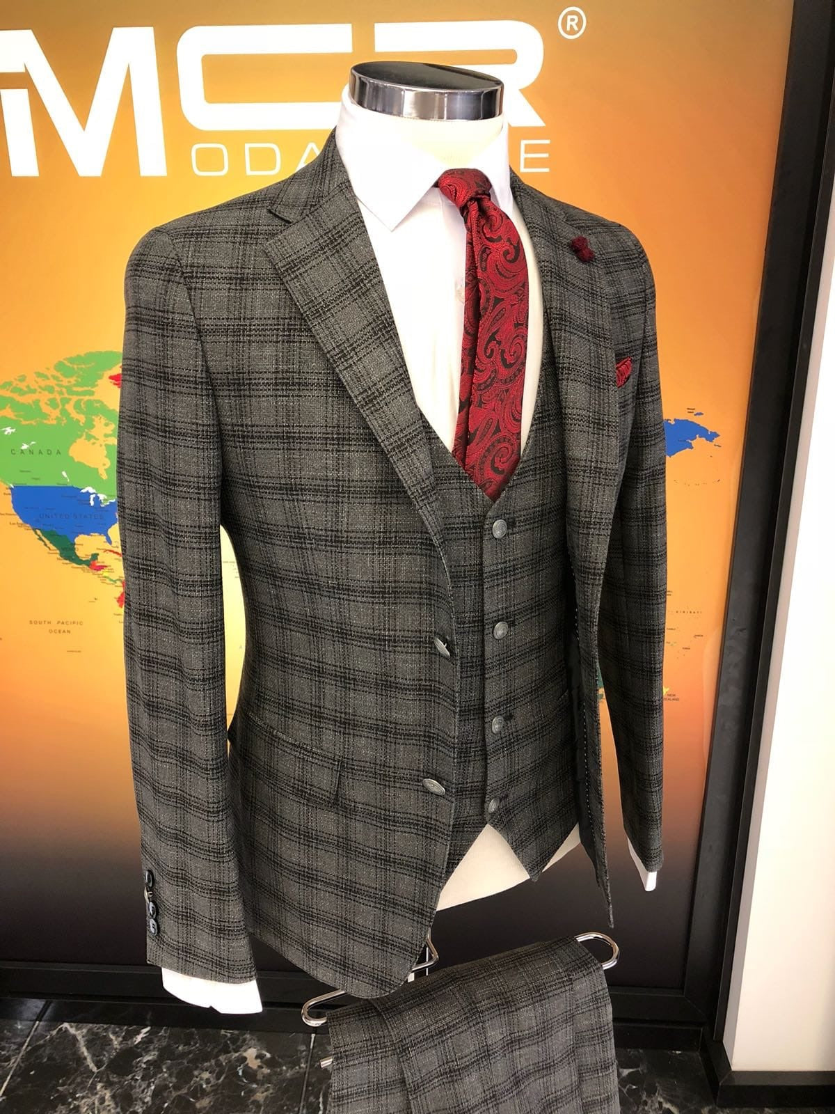 Slim-Fit Plaid Suit Vest Gray