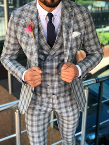 Andriano Slim-Fit Plaid Suit in Gray