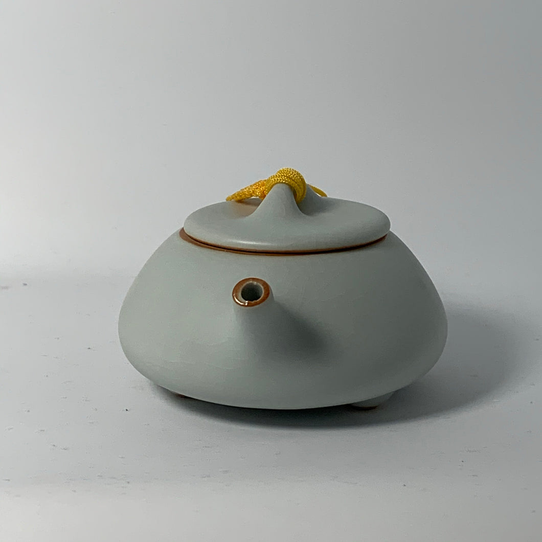 Ceramic Glazed ShiPiao Teapot (140mL)