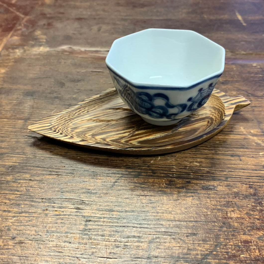Wenge wood tea leaf coaster