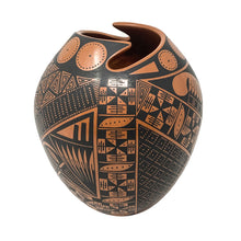 Mata Ortiz Red and Black Pottery