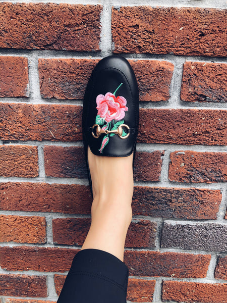 EMBROIDERED FLOWER MULES - SUITE 23