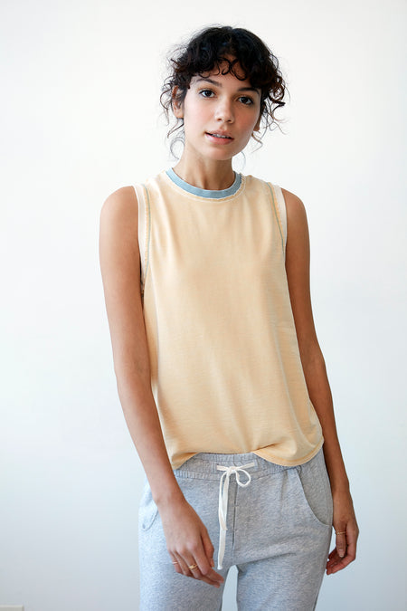 Daisy Heathered Tee