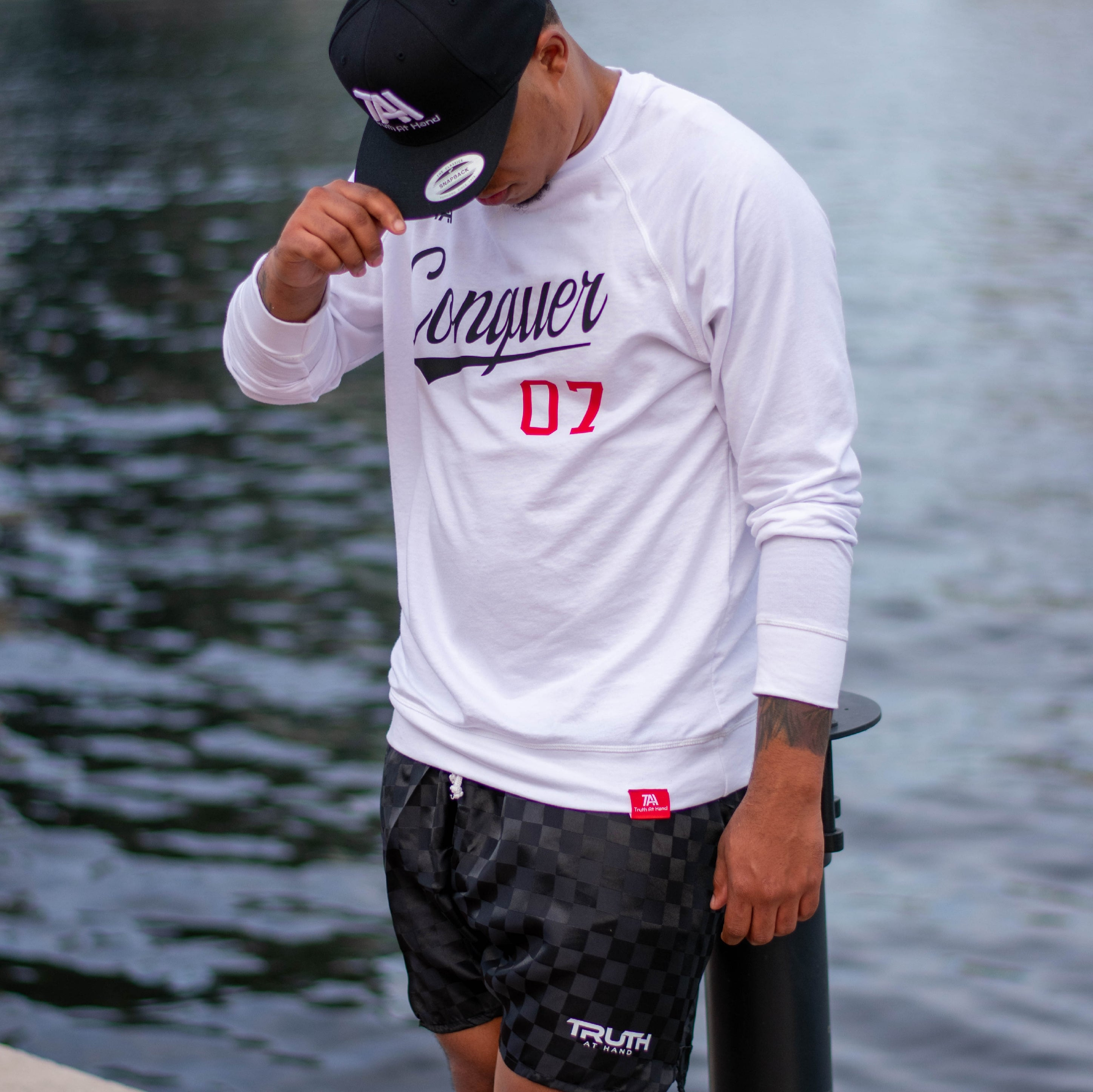 Conquer french terry raglan crew