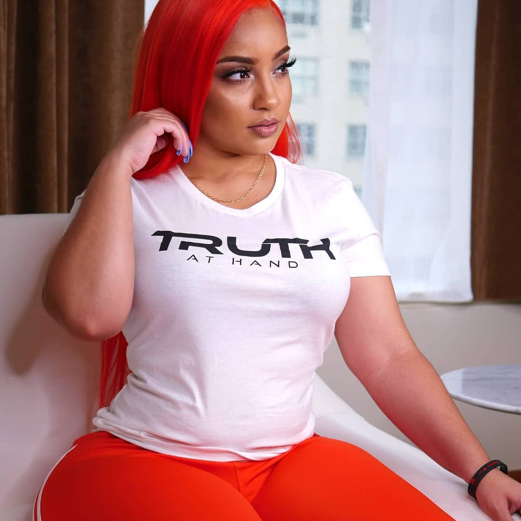 Truth at Hand Lady Tee