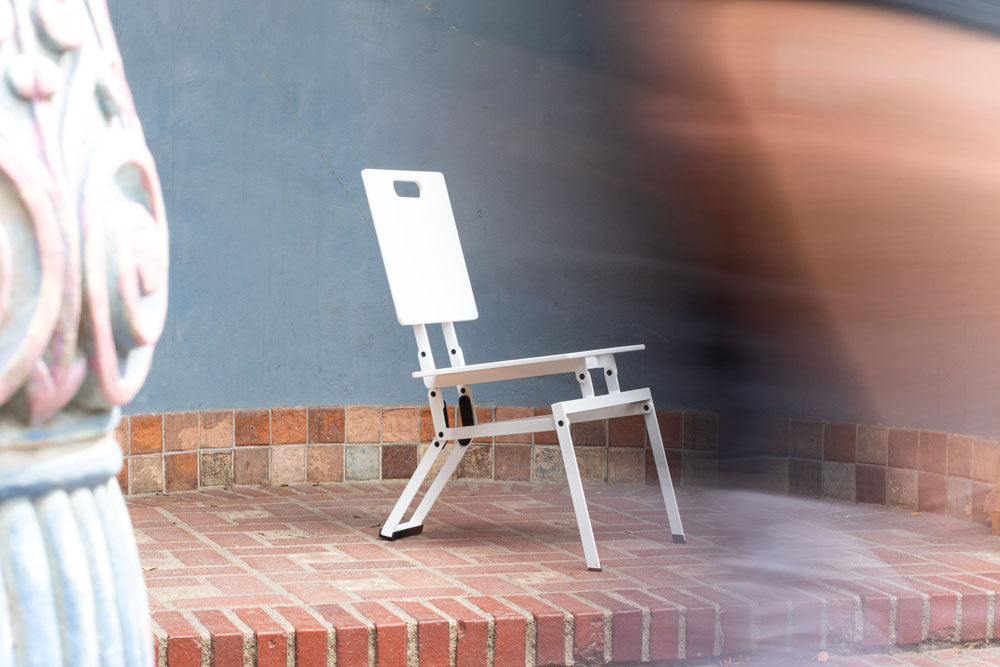 Modern luxury folding chair