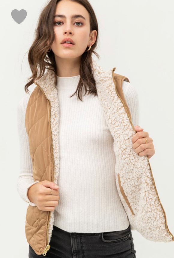 Remi Quilted Reversible Vest-Camel