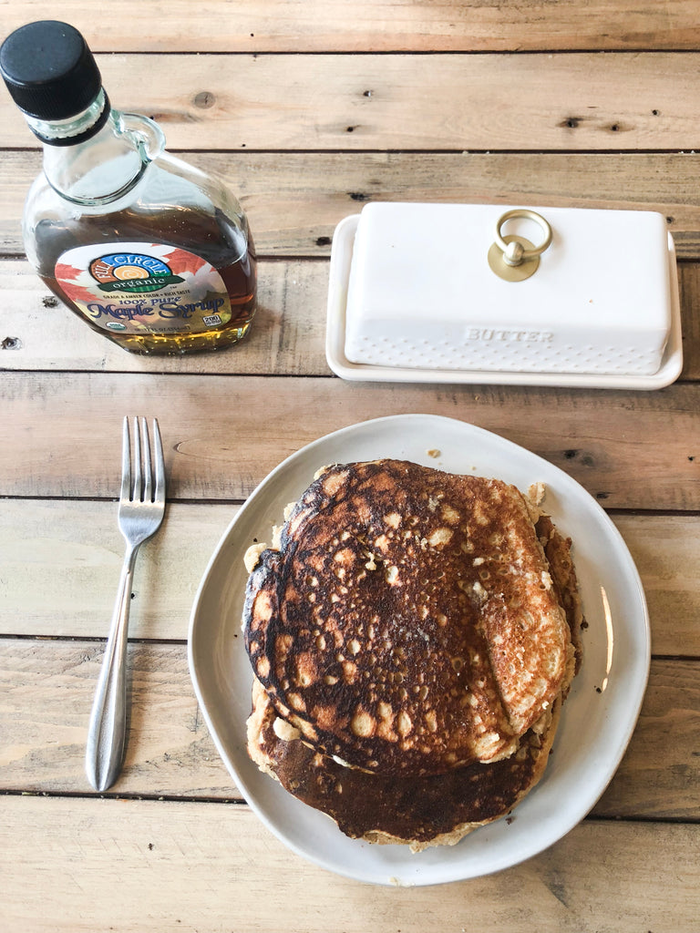 (Kid Friendly) Healthy Rolled Oats and Almond Flour Pancakes