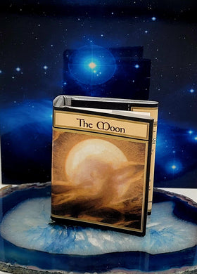The Moon Book Mini
