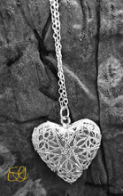Witches Heart Necklace (Glow in the Dark)