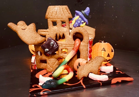 Gingerbread Haunted Mansion Kit (not assembled) - 800g