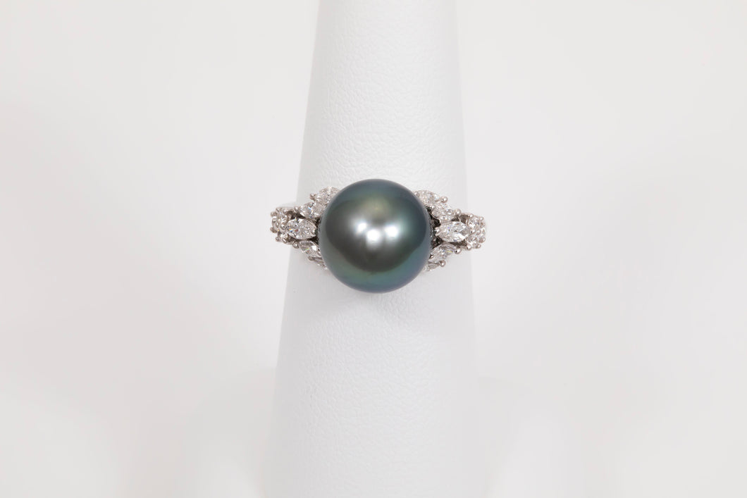 Tahitian Pearl Right Hand Ring