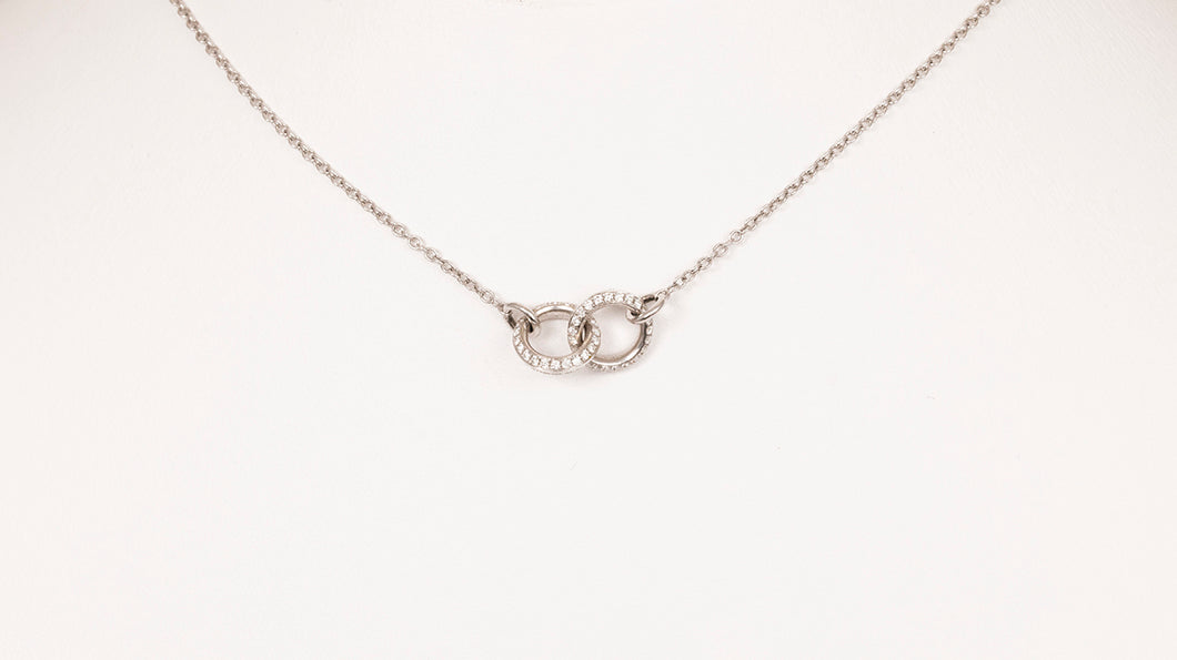18kt White gold Interlocking Diamond Ring Necklace
