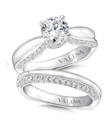 Solitaire Diamond Band Wedding Set