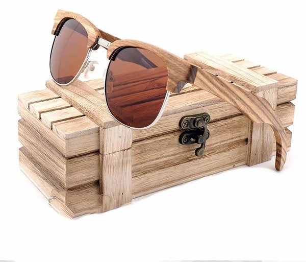 Wooden Accessories You Can Bring on a Beach Vacation