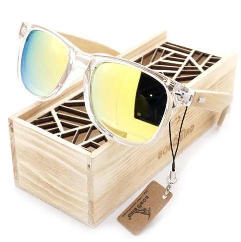 Wooden Accessories- The Perfect Way to Please Your Partner
