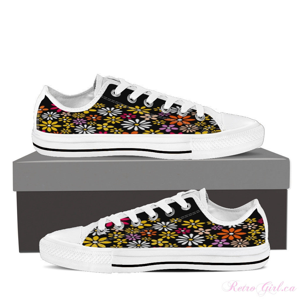 Women's Low Top Canvas Shoe (White) - Flowers