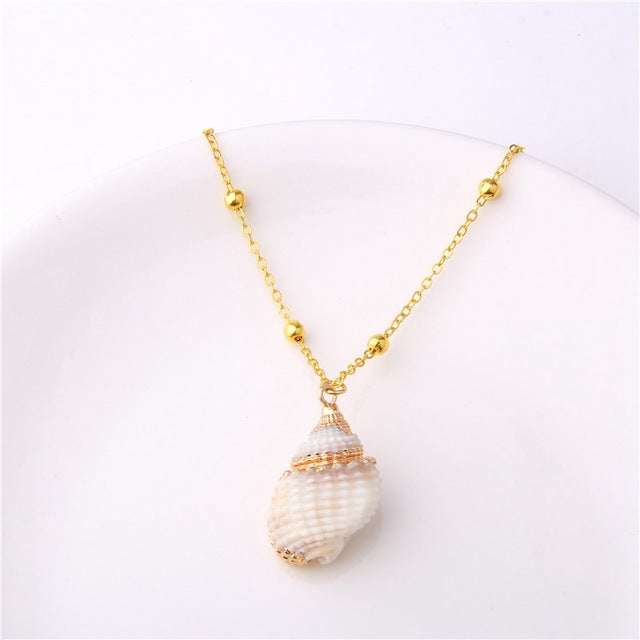 Boho Conch Shells Pendant Necklace