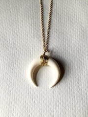 Fashion Big Horn Shaped Crescent Moon Choker Necklace With Chain