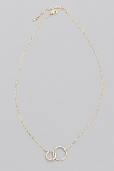 Exposure Linked Circle Necklace