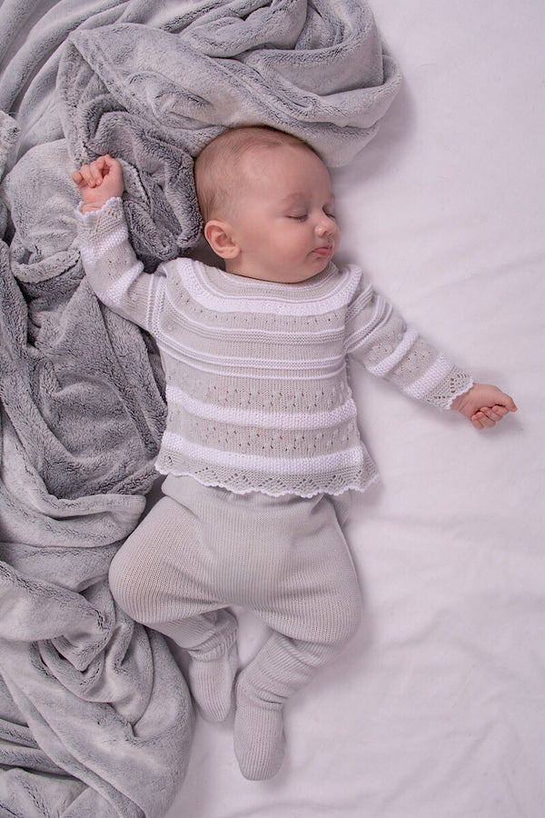 Jacob Matthews Grey And White Knitted Top And Pants