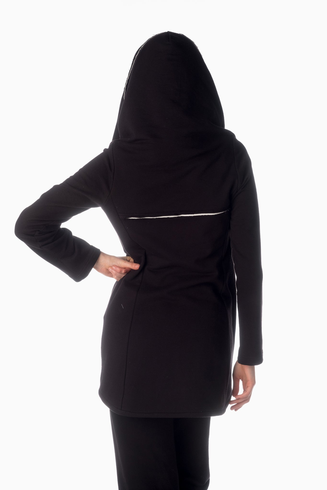Shesha Hood™ <br>Black | Winter White Lining