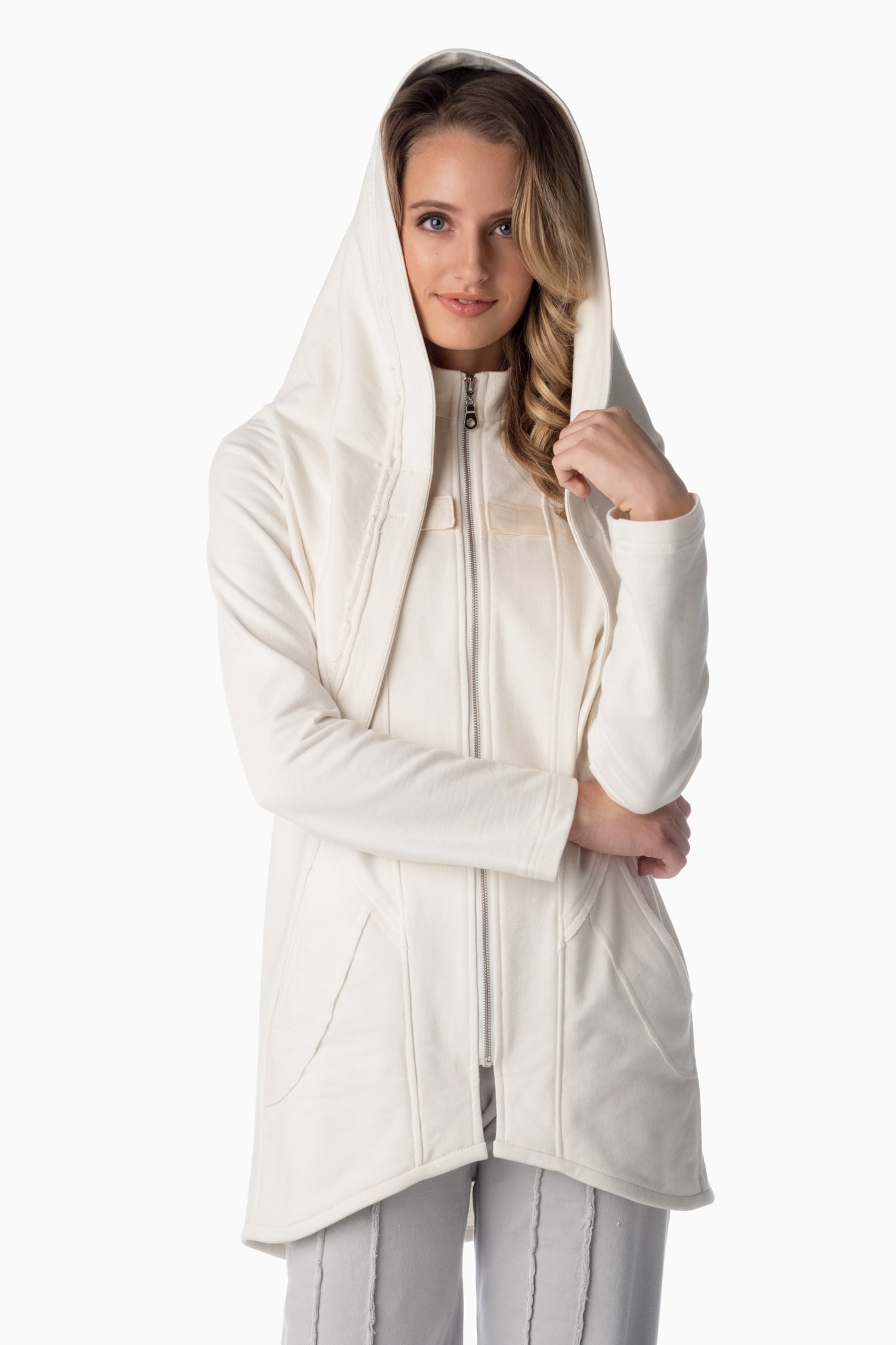 Shesha Hood™ <br>Winter White | Winter White Lining