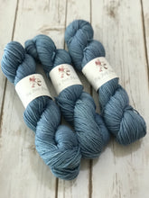 "SuperFine Merino DK ""Nothing But Blue Skies"" - BigFootFibers"