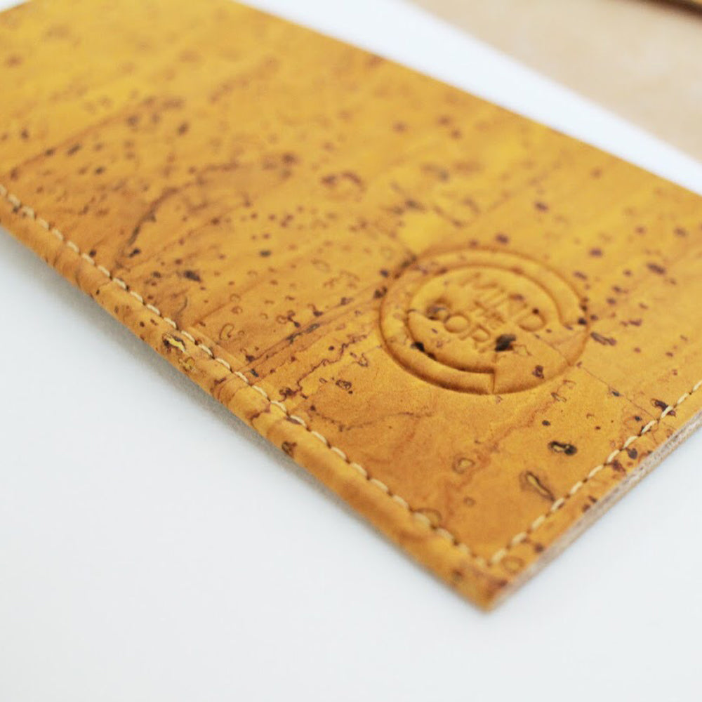 Eiras Cork Leather Case in Mustard