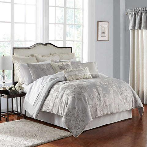 Lacy Silver 4 Piece Comforter Set [Luxury comforter Sets] [by Latest Bedding]