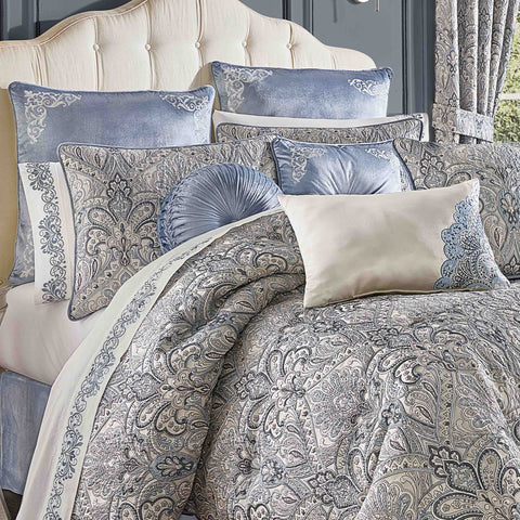 Alexis Powder Blue 4-Piece Comforter Set [Luxury comforter Sets] [by Latest Bedding]