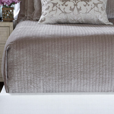 Aria Raffia Matte Velvet Quilted Coverlet [Luxury comforter Sets] [by Latest Bedding]