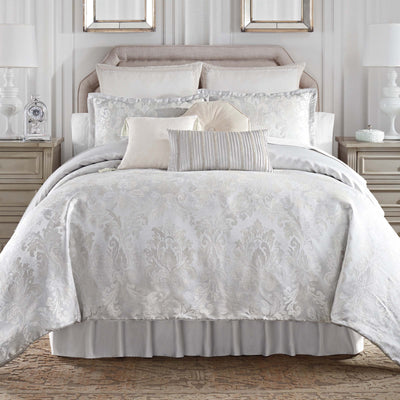Belline Silver 4-Piece Reversible Comforter Set [Luxury comforter Sets] [by Latest Bedding]