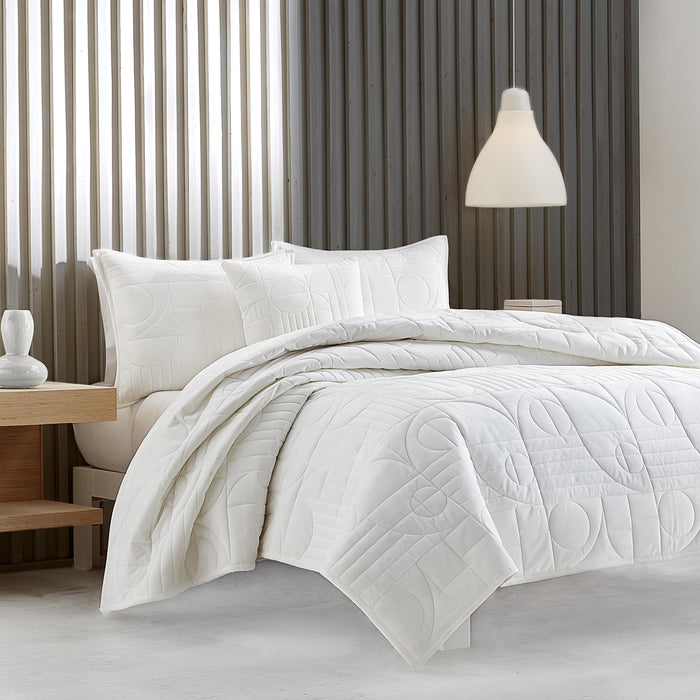 Bryant White Quilted Coverlet