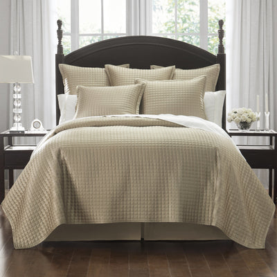 Crystal Gold Quilt [Luxury comforter Sets] [by Latest Bedding]