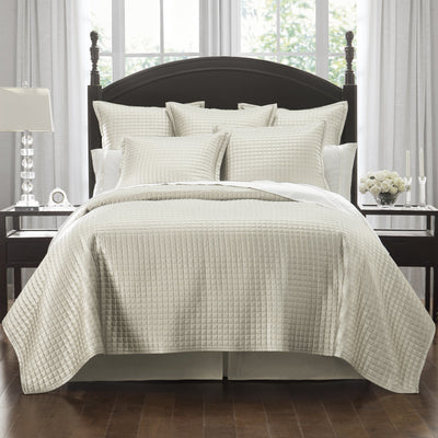 Crystal Ivory Quilt [Luxury comforter Sets] [by Latest Bedding]