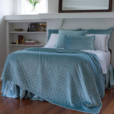 Chloe Sea Foam Velvet Diamond Quilted Coverlet [Luxury comforter Sets] [by Latest Bedding]