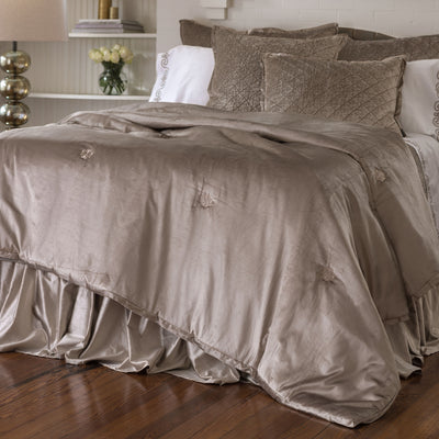 Chlow Champagne Velvet Padded Comfortlet [Luxury comforter Sets] [by Latest Bedding]