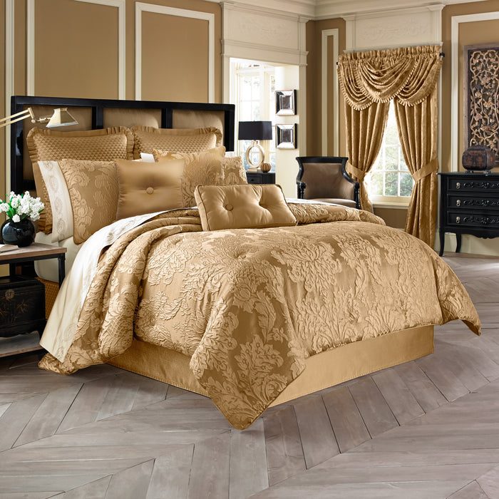 Colonial Gold 4-Piece Comforter Set