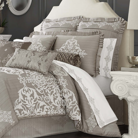 Crestview Silver 4-Piece Comforter Set [Luxury comforter Sets] [by Latest Bedding]