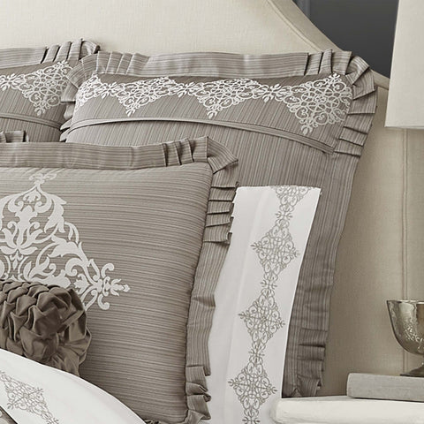 Crestview Silver Euro Sham [Luxury comforter Sets] [by Latest Bedding]