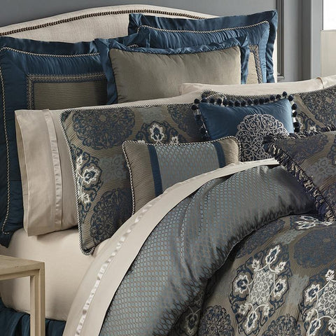 Quilt Sets Jonet Indigo 4-Piece Reversible Duvet Set by Waterford Latest Bedding