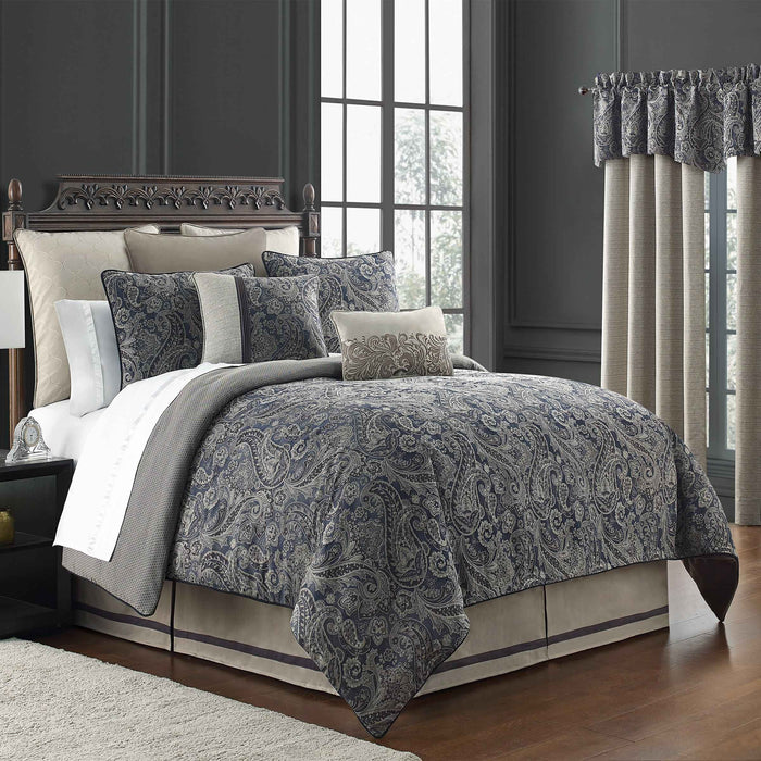 Danehill Blue 4-Piece Comforter Set