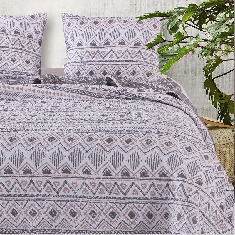 Denmark Multi 3-Piece Quilt Set [Luxury comforter Sets] [by Latest Bedding]