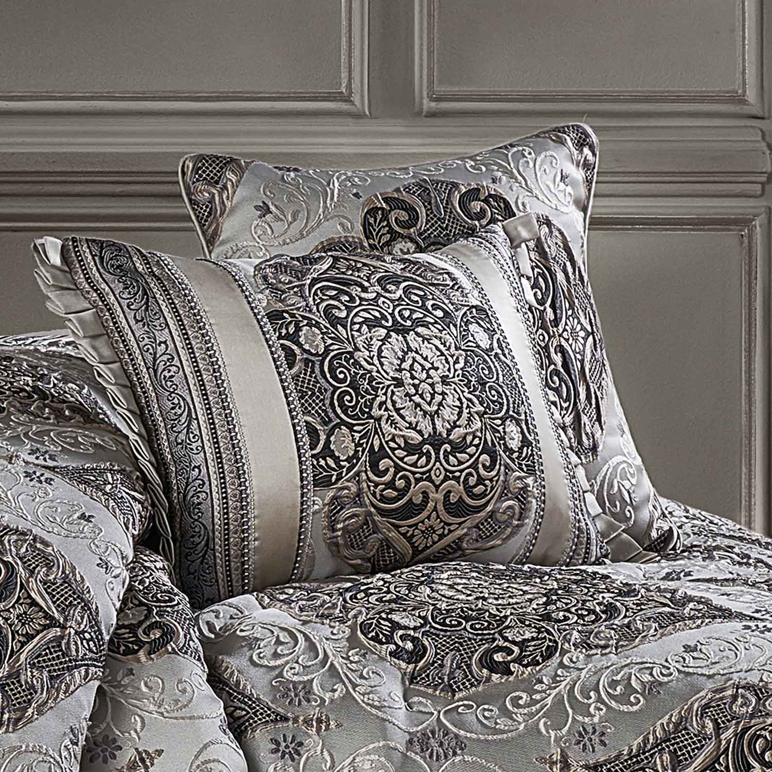 "Desiree Silver Square Decorative Throw Pillow 18"" x 18"" [Luxury comforter Sets] [by Latest Bedding]"