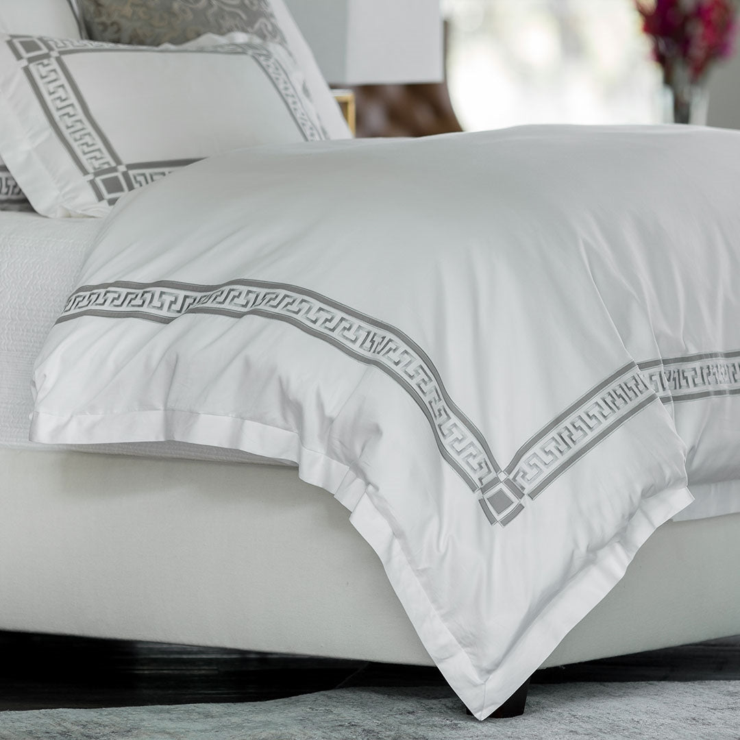 Dimitri White/Pewter Duvet Cover [Luxury comforter Sets] [by Latest Bedding]