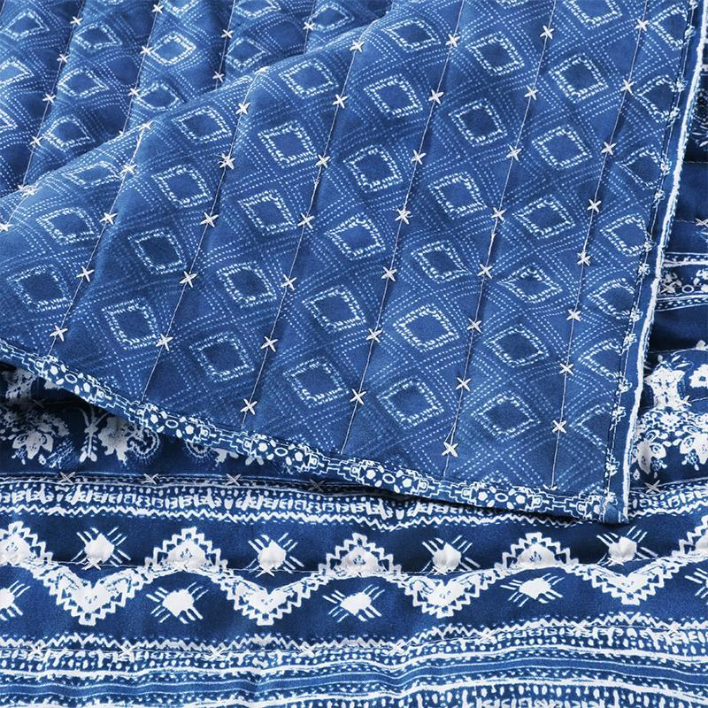 Embry Indigo 3-Piece Quilt Set Quilt Sets By Greenland Home Fashions
