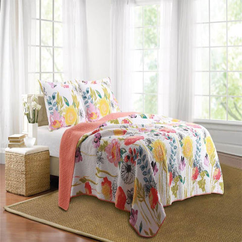 Quilt Sets Watercolor Dream Multi 3-Piece Quilt Set Latest Bedding