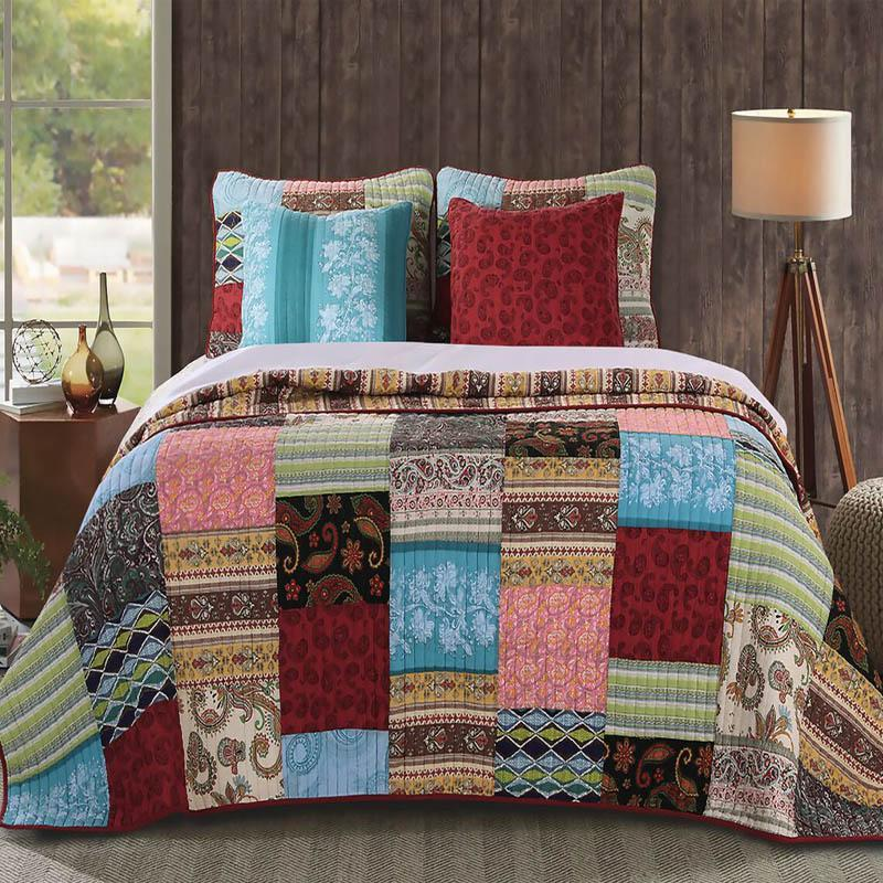 "Quilt Sets Bohemian Dream Quilt Set with Bonus 16"" Pillow by Greenland Home Fashions 100% Cotton Light Blue Brown Pink Red Green Latest Bedding"