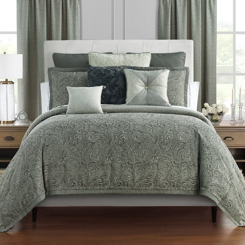Garner Sage 4-Piece Comforter Set [Luxury comforter Sets] [by Latest Bedding]